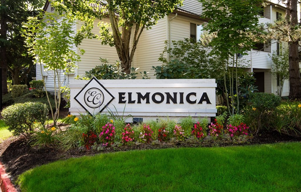 Elmonica Court Property Entry Monument Sign