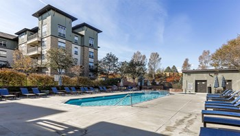 210 Summit Blvd 1 Bed Apartment for Rent Photo Gallery 1