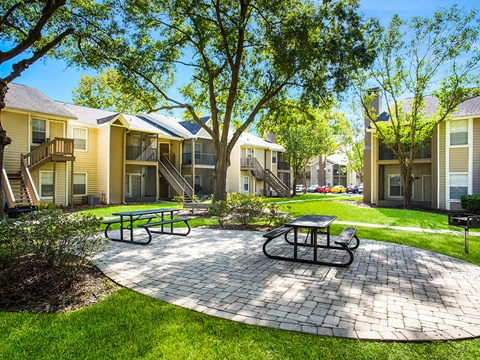 Lush Green Outdoor Spaces at Green Tree Place, Jacksonville