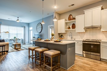 1813 Sir Tyler Drive Studio-2 Beds Apartment for Rent Photo Gallery 1