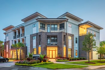 4986 Wetland Crossing Road #2100 1-3 Beds Apartment for Rent Photo Gallery 1