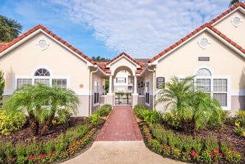 10010 Skinner Lake Dr 1-3 Beds Apartment for Rent Photo Gallery 1