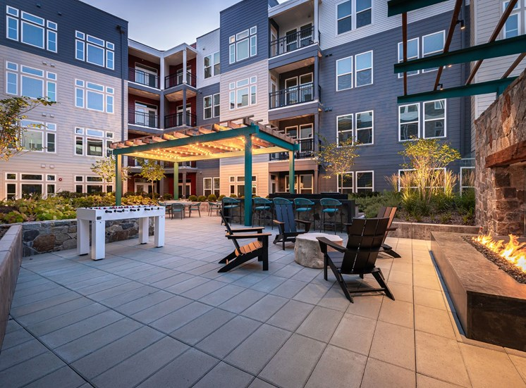 Outdoor courtyard with fire pit at Cameron Square, Alexandria, Virginia
