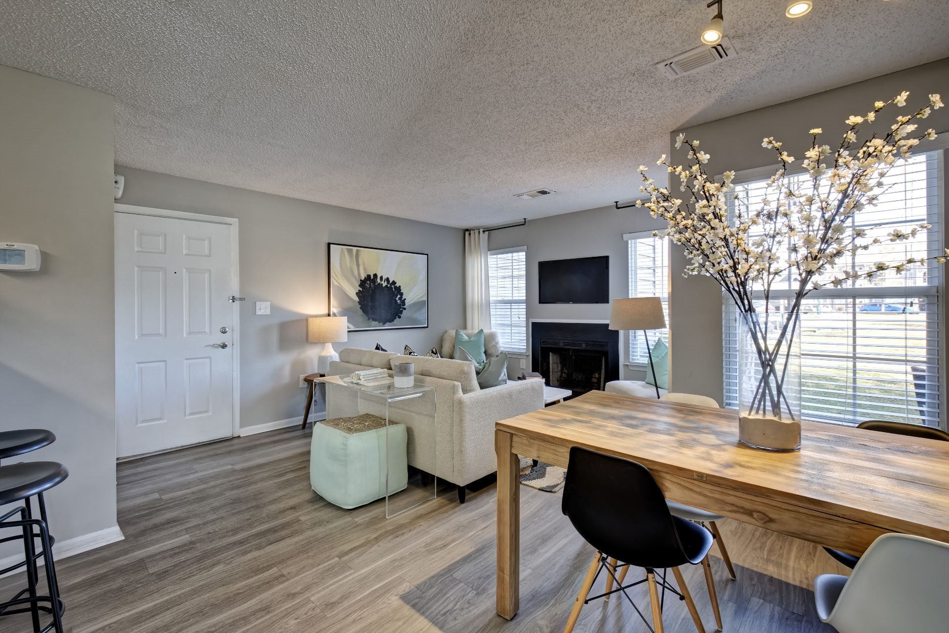 Newly Renovated 1, 2 and 3 Bedroom Apartments with Flex Space for Dining or Work-From-Home Office, Open-Concept Living Room with Wood Burning Fireplace, Picture Windows,  Private Patio or Balcony  in Lawrenceville NJ-1000 Steward Crossing Way Lawrenceville NJ 08646