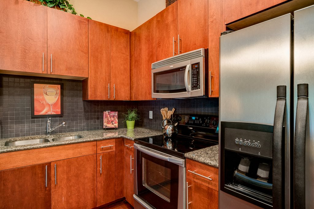 Custom 42 inch cabinetry eon at Lindbergh