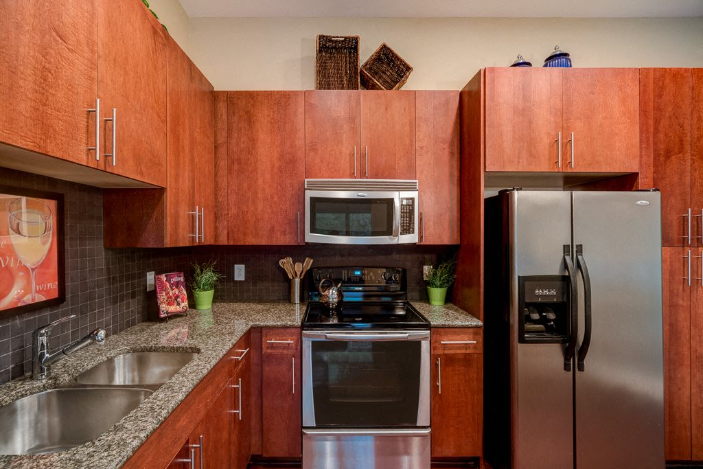kitchen stainless appliances eon at Lindbergh