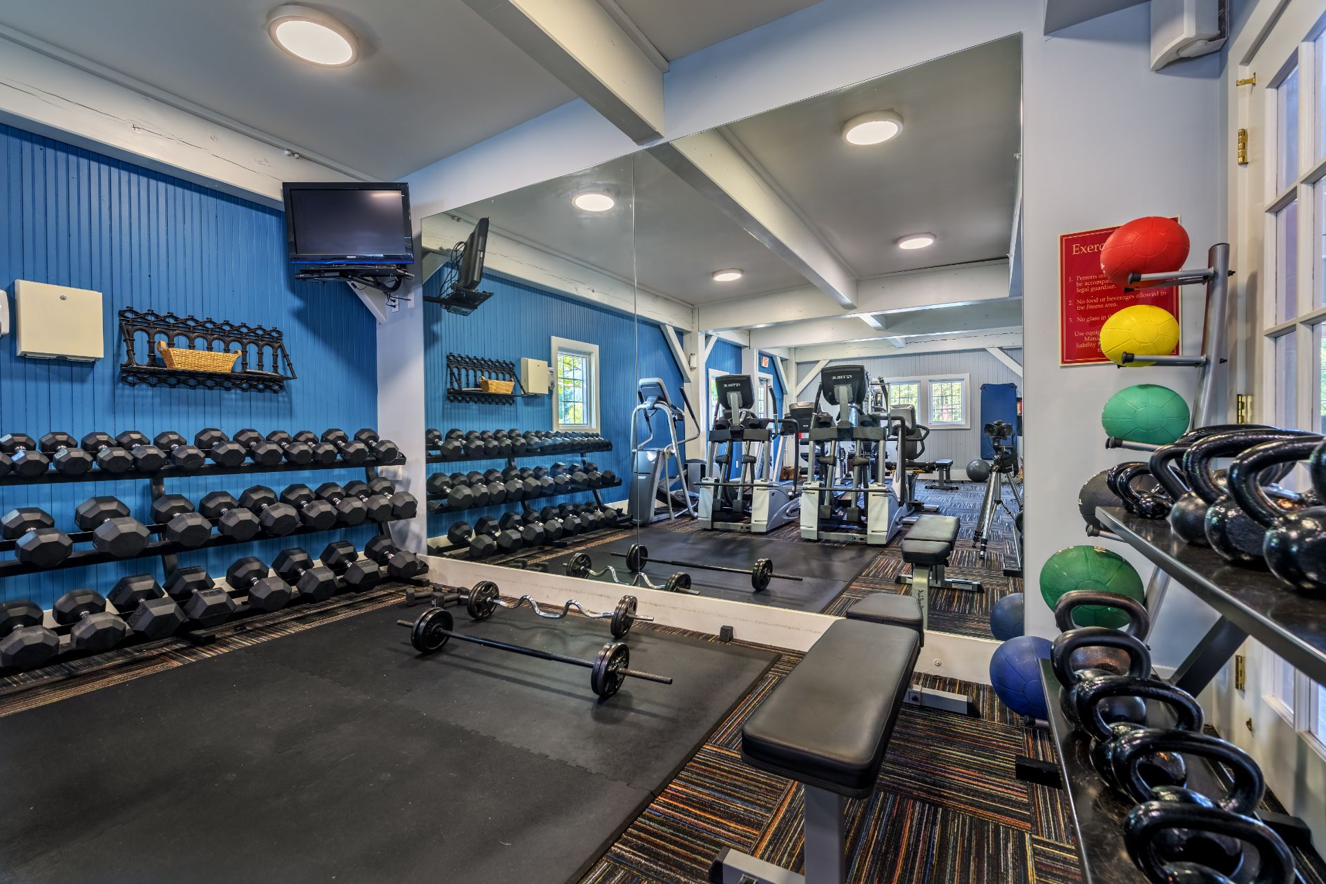 The Waterfront Apartments and Townhomes with Fitness and Cardio Center  611 E. Waterfront Drive, Munhall, PA 15120