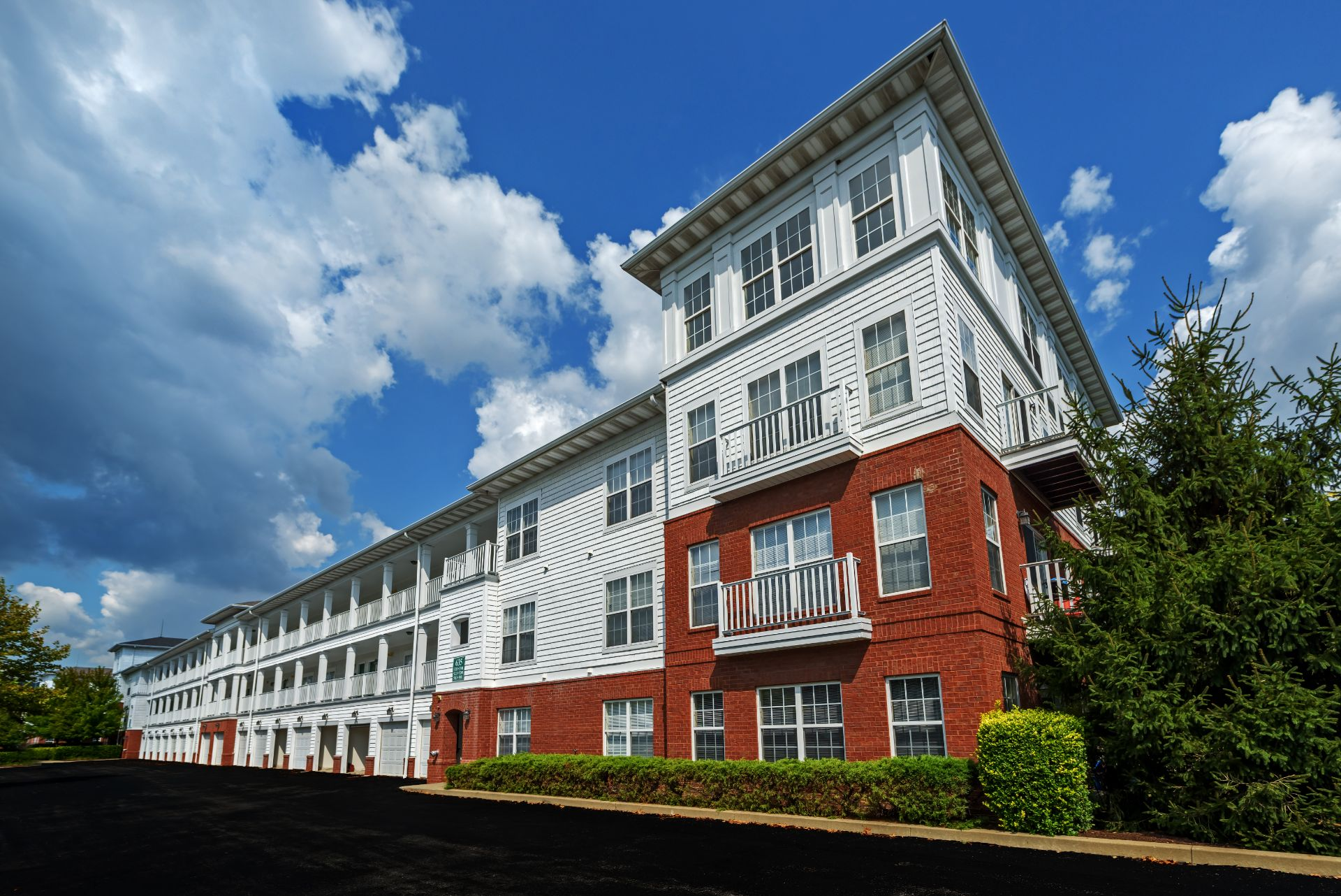 The Waterfront Apartments and Townhomes near I-376 and short commute to Downtown Pittsburgh, Oakland and the North Shore,  611 E. Waterfront Drive, Munhall, PA 15120