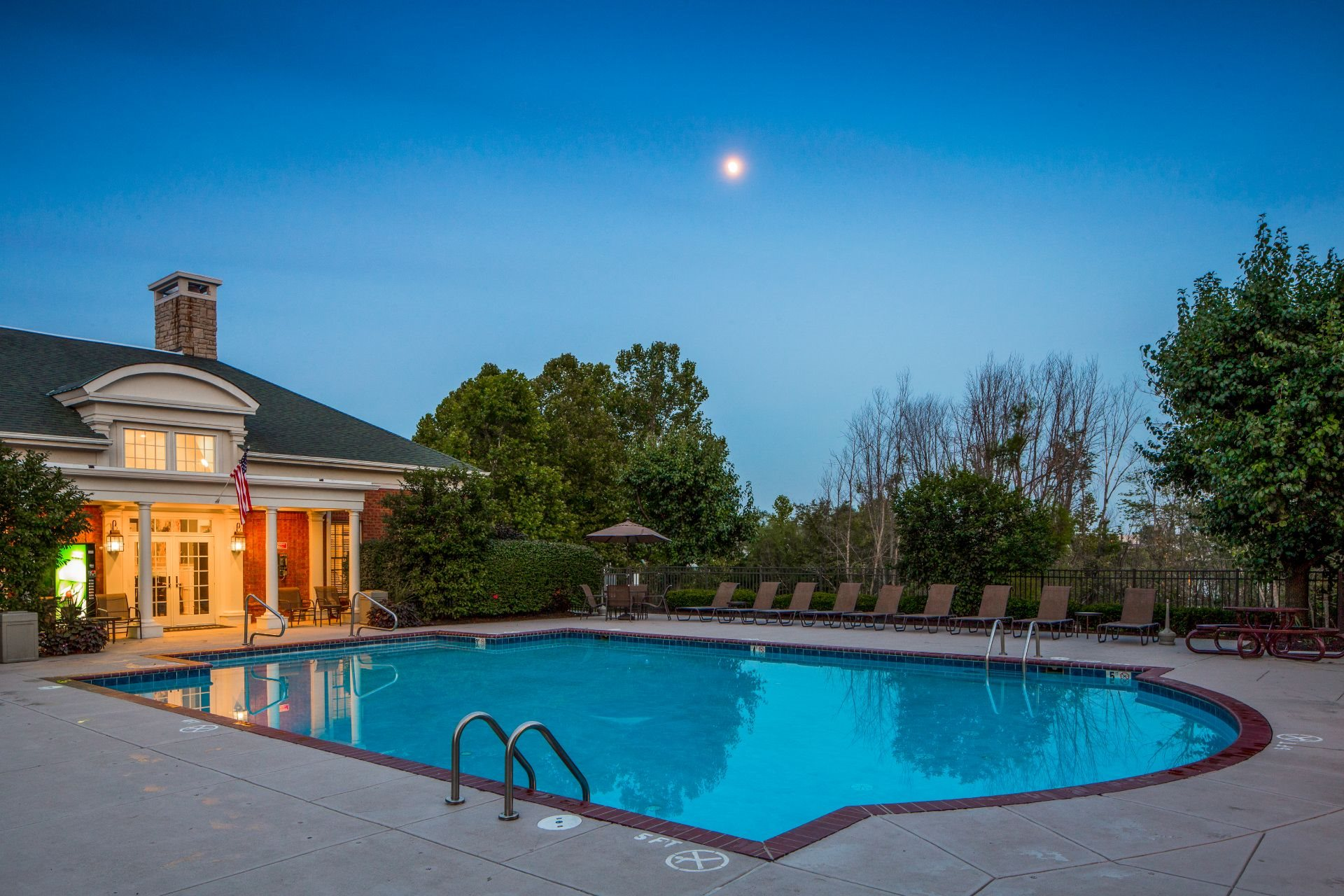 The Preserve at Beckett Ridge Apartments and Townhomes with a Resident Pool and Clubhouse- 2515 Fox Sedge Way, West Chester OH 45069