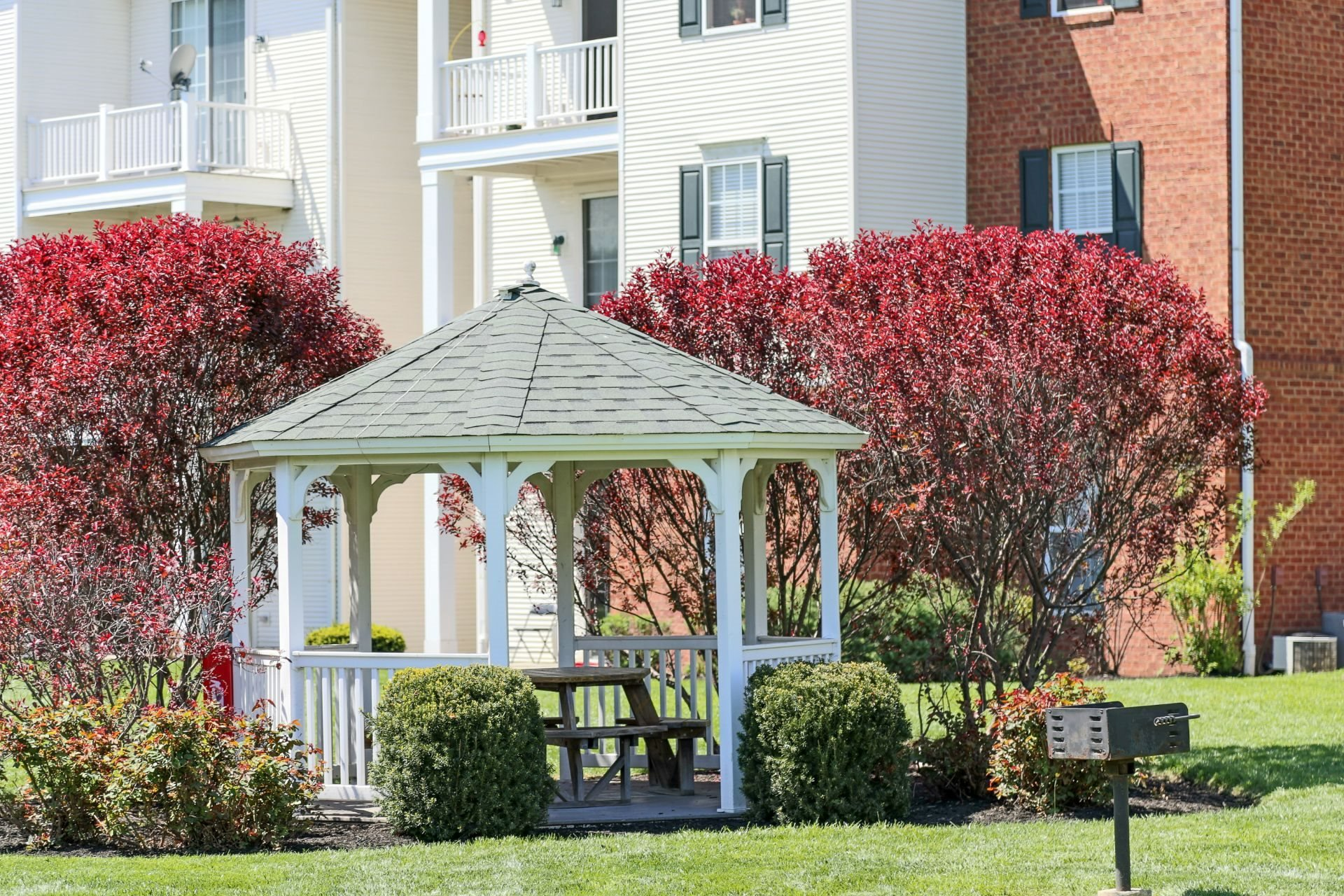 The Preserve at Beckett Ridge Apartments and Townhomes-2515 Fox Sedge Way, West Chester OH 45069