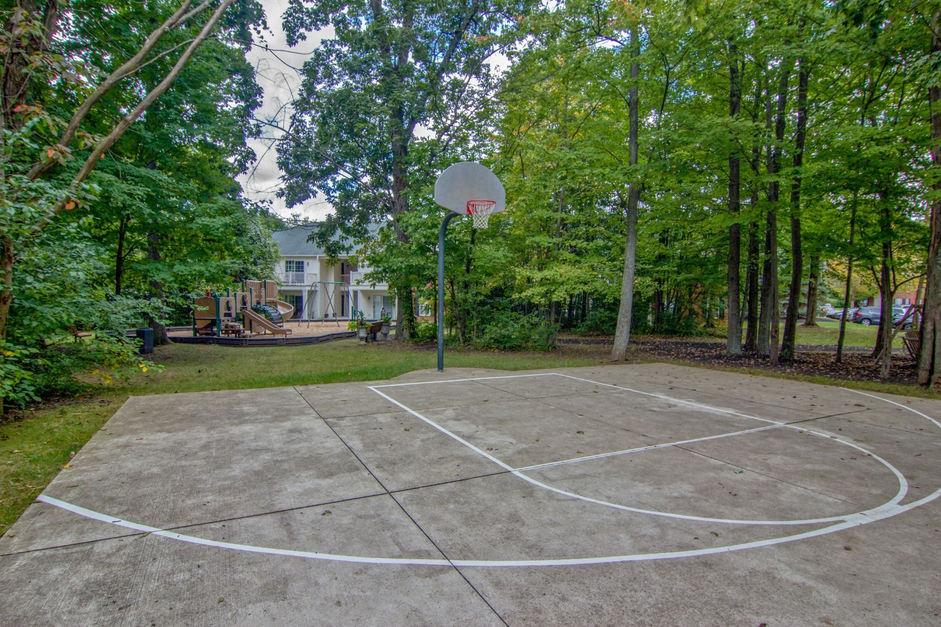 Multi-Purpose Court The Woods at Polaris Parkway
