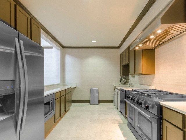 Fitted Kitchen at McKinney Square, Texas, 75070