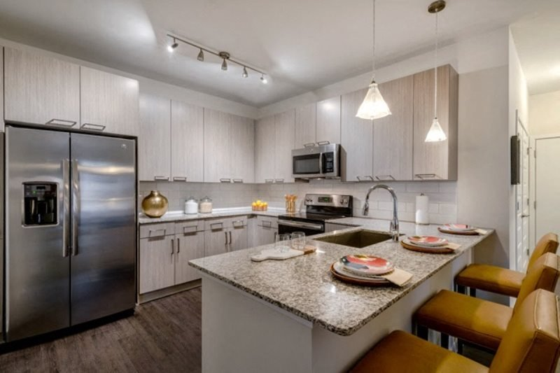 Fully Equipped Kitchen With Modern Appliances at Berkshire Chapel Hill, Chapel Hill, NC, 27514