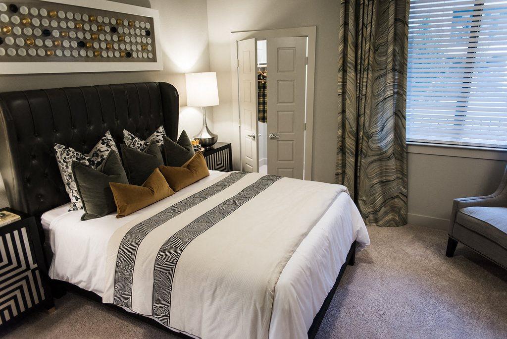 2 Bedroom at North Dallas