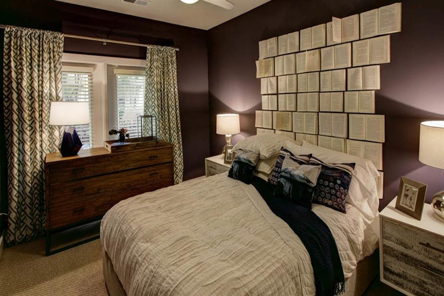 Bedroom with Celing Fan at Berkshire Howell Mill, Atlanta