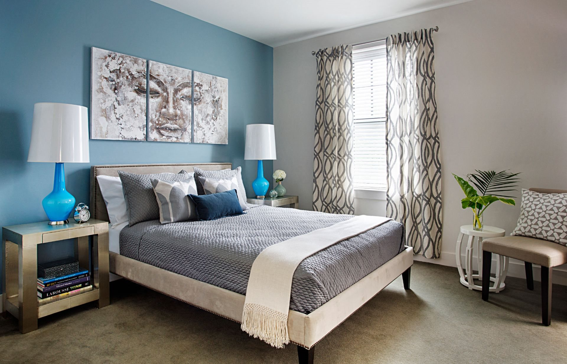 Bedroom Interior Large Enough for King Size Bedroom Set with Large Window and High-End Hard Surface Flooring at Gatehouse 75, Massachusetts, 02129