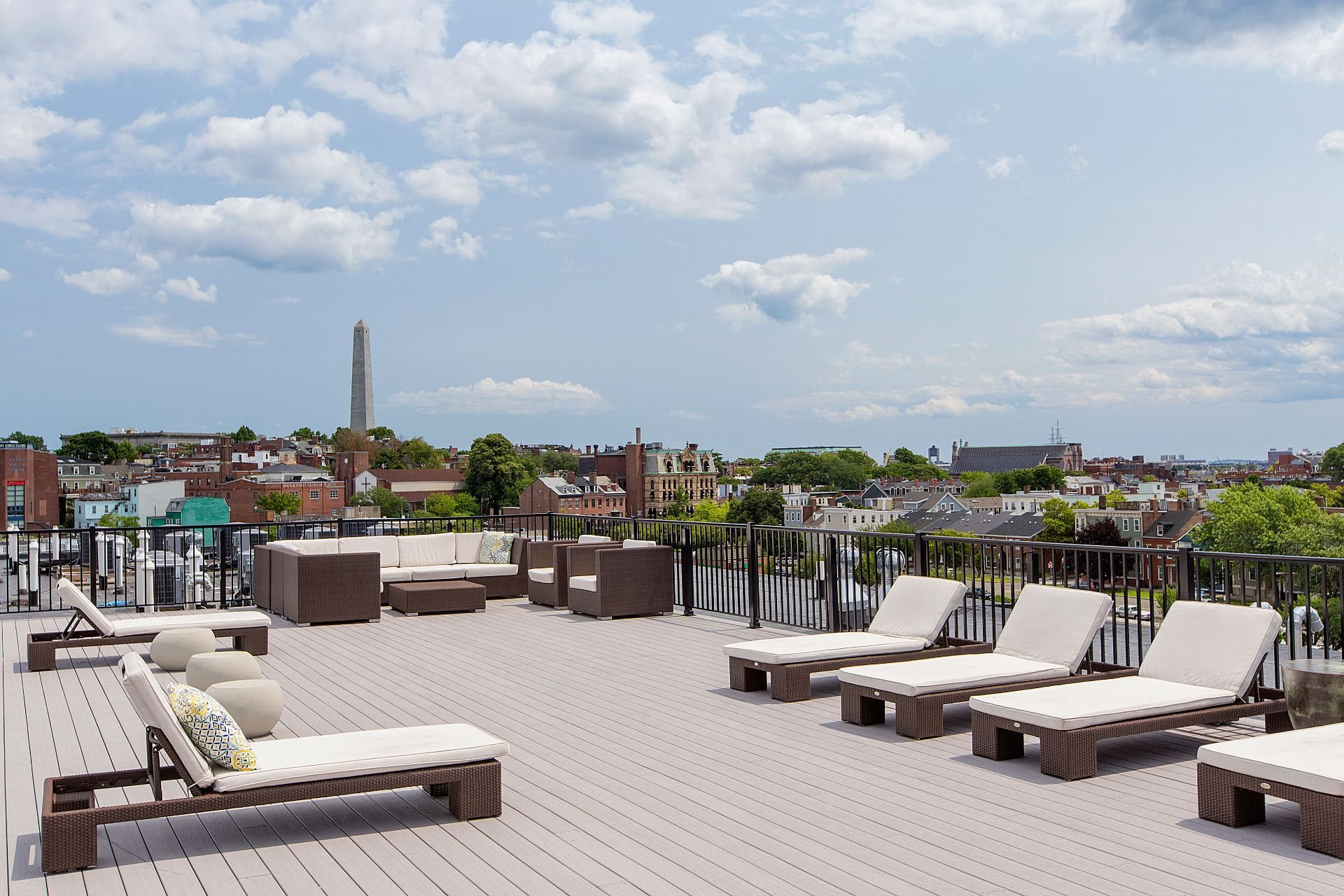 Rooftop Skydeck with Outdoor Living, Sundeck with Lounges and Charming Views of Historic Charlestown and Bunker Hill-Gatehouse at Gatehouse 75, Charlestown