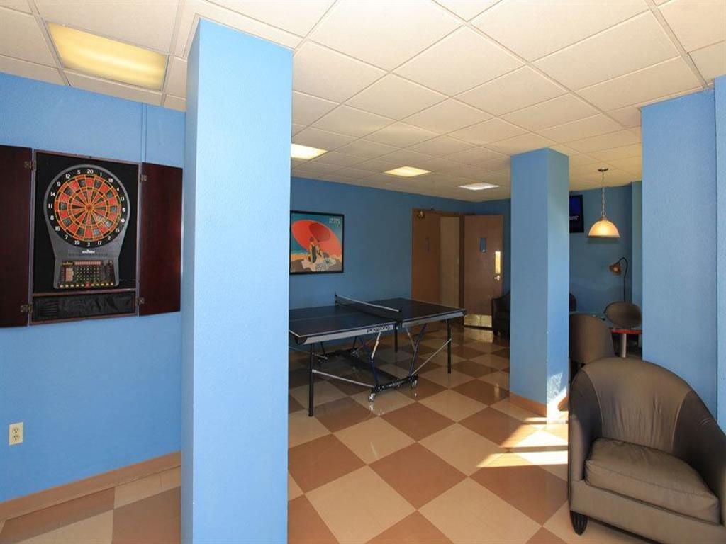 Gaming Lounge at Towne House, St. Louis, MO