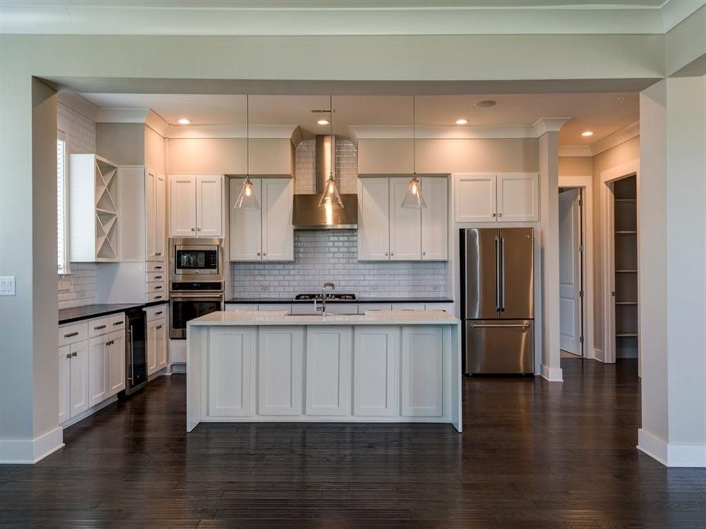 Berkshire Dilworth kitchen with stainless  appliances