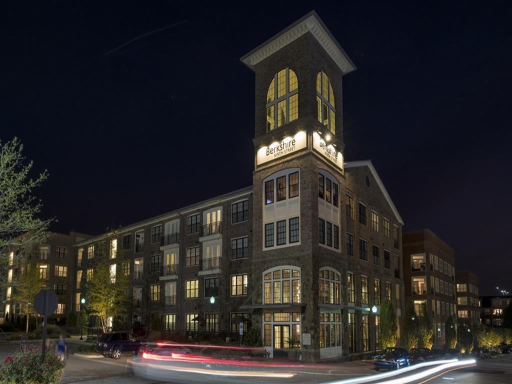 Elegant Exterior View at Berkshire Ninth Street, North Carolina