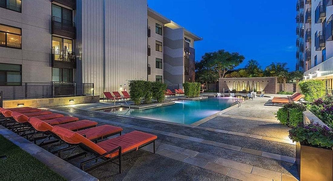 Swimming Pool with Lounge Seating at Berkshire Riverview, Austin