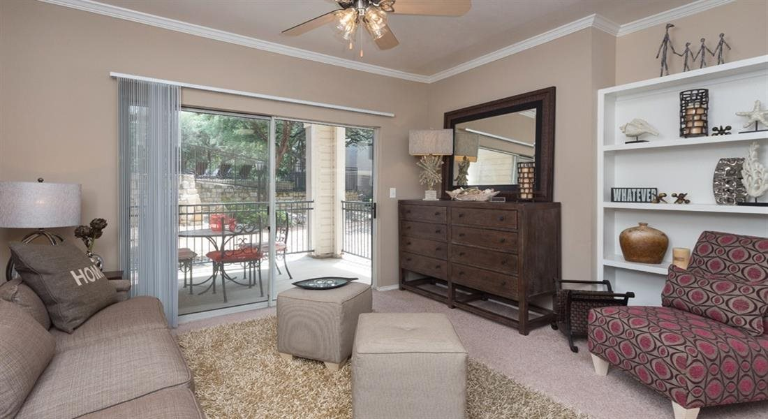Spacious Living Room With Private Balcony at San Marin, Austin