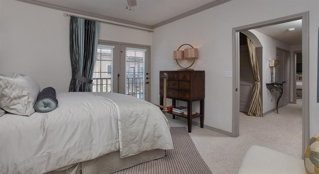 Three Bedroom Townhome at Estancia Townhomes, Dallas, 75248