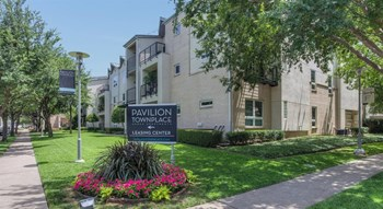 7700 Greenway Blvd 1-4 Beds Apartment for Rent Photo Gallery 1