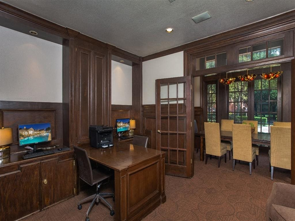 Business Center & Conference Room at Estates at Bellaire, Houston, TX