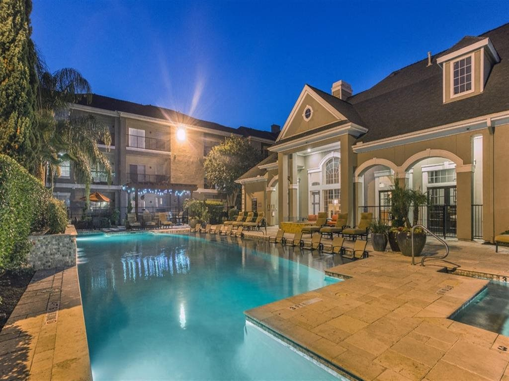 Picturesque Pool And Cabana Setting at Estates at Bellaire, Houston, 77081