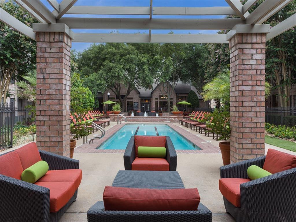 Poolside Lounge Area at Greenbriar Park, Houston