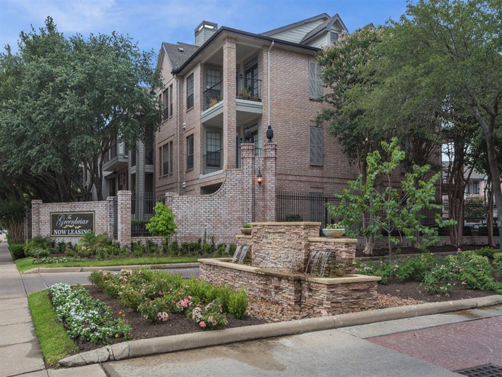 Exteriors at Greenbriar Park, Houston, Texas