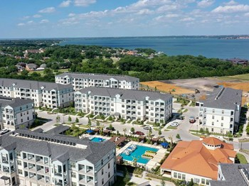 1801 Bayside Dr North 1-4 Beds Apartment for Rent Photo Gallery 1