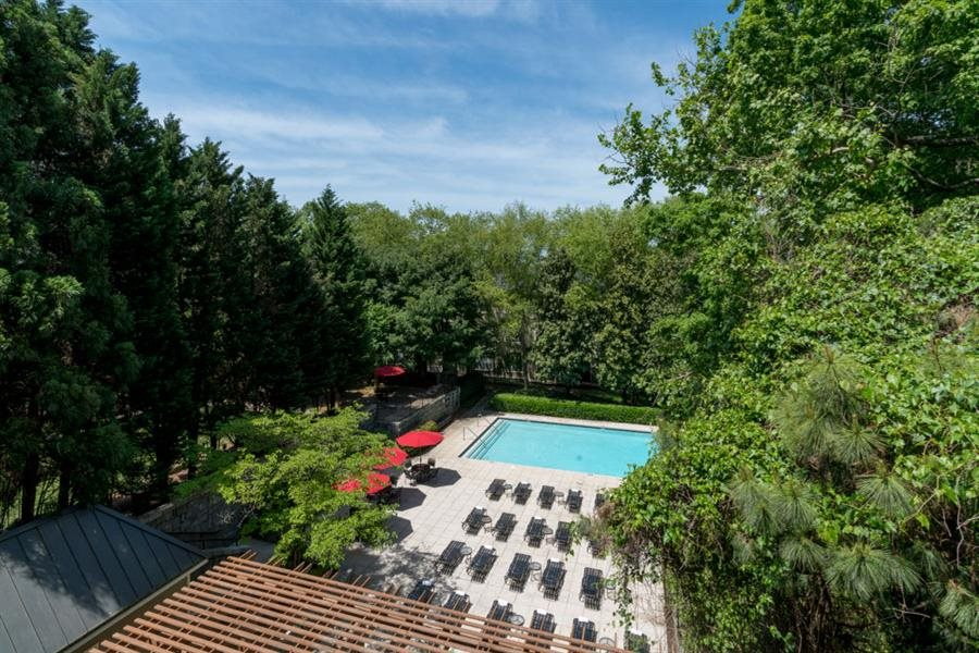 Berkshires at Lenox Park pool Atlanta, GA