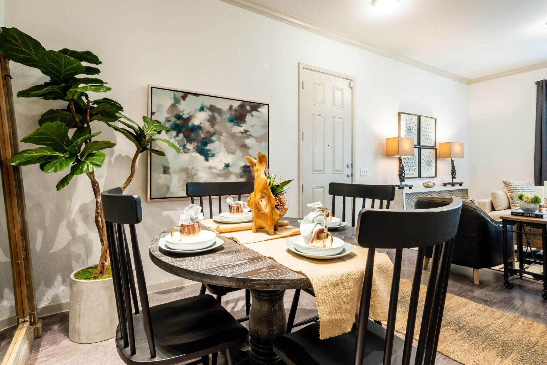 Personal Dining at Berkshire Creekside, Texas, 78130