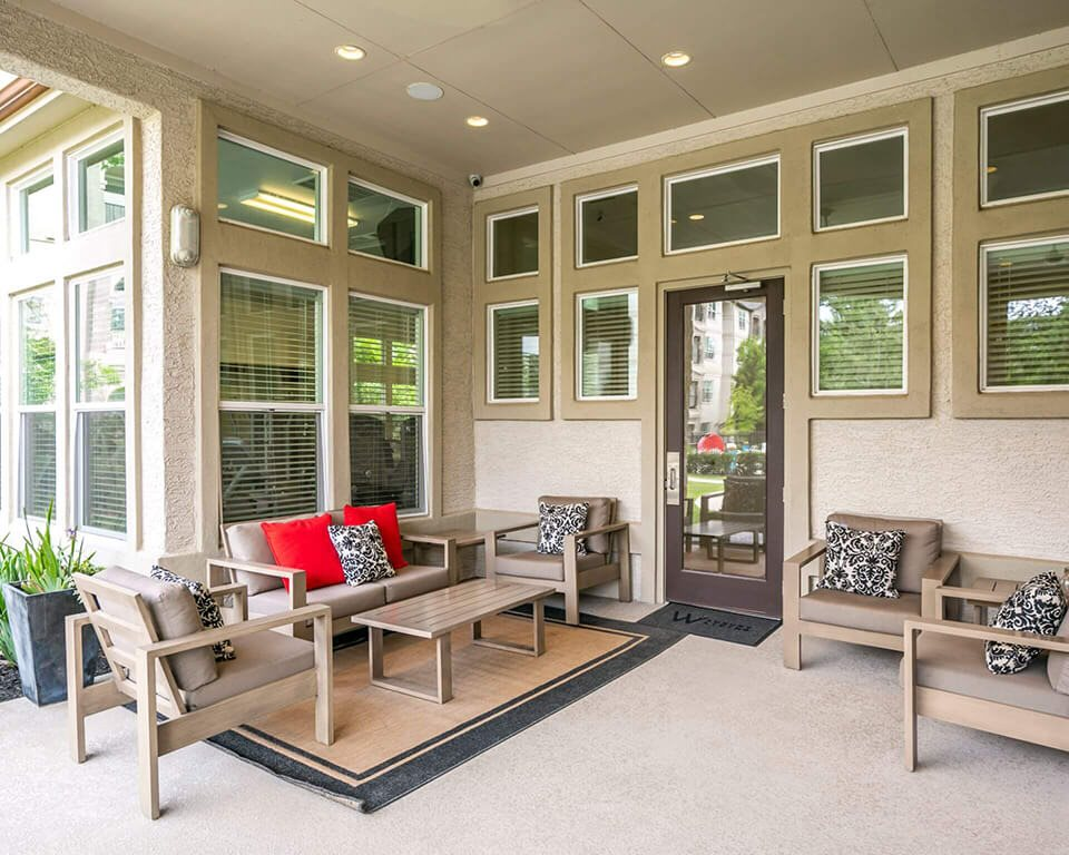 Courtyard Patio With Ample Sitting at Berkshire Jones Forest, Texas