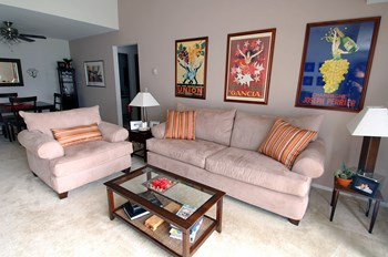5501 Cambridge Club Cir 1-2 Beds Apartment for Rent Photo Gallery 1