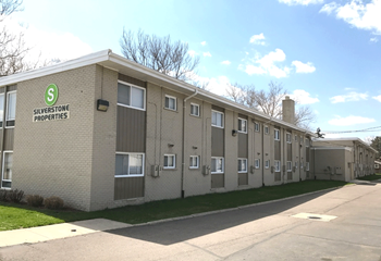 5800 Streefkerk Studio Apartment for Rent Photo Gallery 1