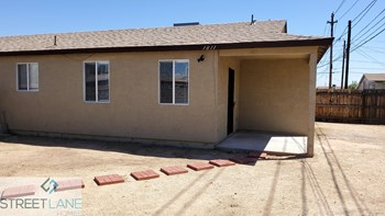 1811 W Tonto Street Unit 1 3 Beds House for Rent Photo Gallery 1