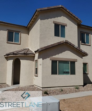 7315 S 17th Dr 4 Beds House for Rent Photo Gallery 1