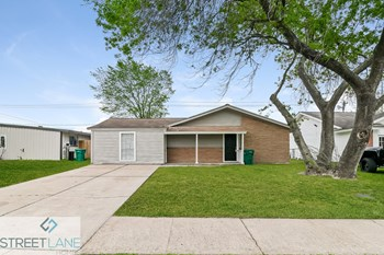3705 Crawford Dr 3 Beds House for Rent Photo Gallery 1