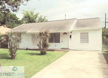 4914 Angleton St 3 Beds House for Rent Photo Gallery 1