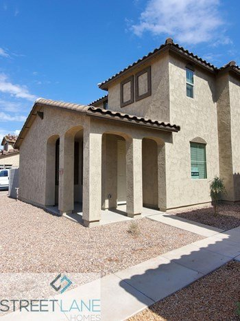 5470 W Fulton St 3 Beds House for Rent Photo Gallery 1
