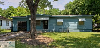 3275 Kristen 4 Beds House for Rent Photo Gallery 1