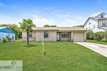 6311 Silvery Moon 3 Beds House for Rent Photo Gallery 1