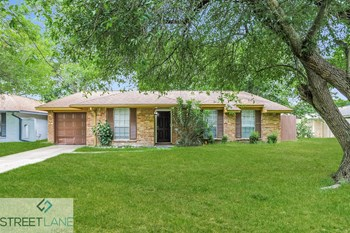 7510 Salge Dr 3 Beds House for Rent Photo Gallery 1
