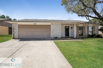 7104 Forestview Drive 4 Beds House for Rent Photo Gallery 1