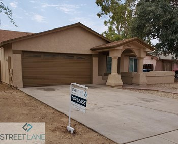 7201 W Catalina Dr 4 Beds House for Rent Photo Gallery 1