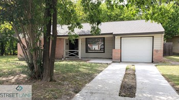 433 Alcorn 3 Beds House for Rent Photo Gallery 1