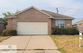 628 CARAVAN DRIVE 3 Beds House for Rent Photo Gallery 1